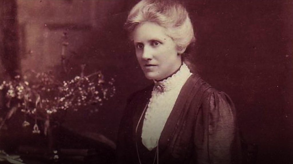 Annie Maunder: Plaque for 'forgotten woman' of science