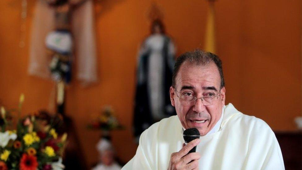 Padre Edwin Román