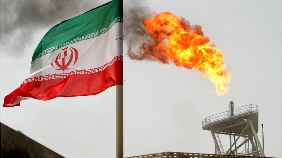 Qatar explota conjuntamente con Irán el mayor yacimiento de gas natural del mundo.