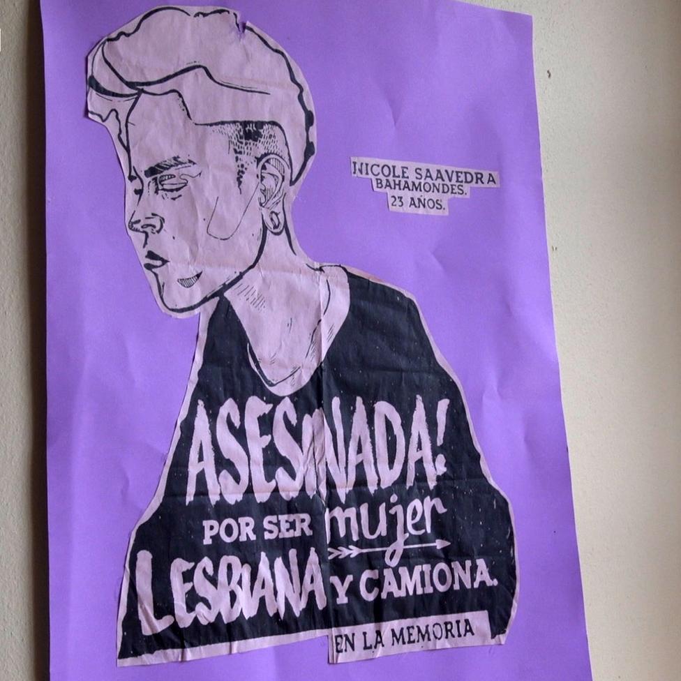 Poster reclamando justicia por el caso de Nicole Saavedra.