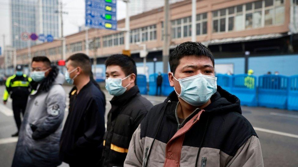 حراس أمن صينيون