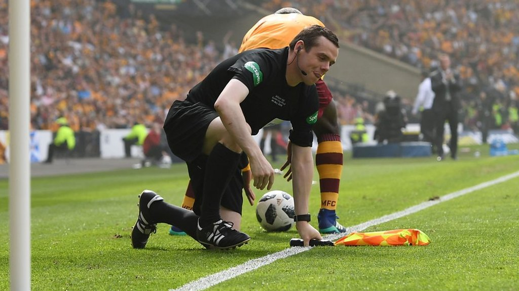 'Oh dear Douglas Ross MP' - watch assistant referee take a tumble during Scottish Cup final