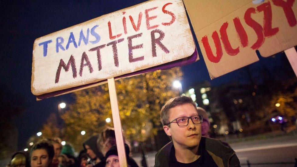 Manifestacion en defensa de derechos de transexuales.