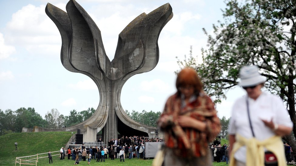 A memorial ceremony from April 2015 for the victims of Jasenovac