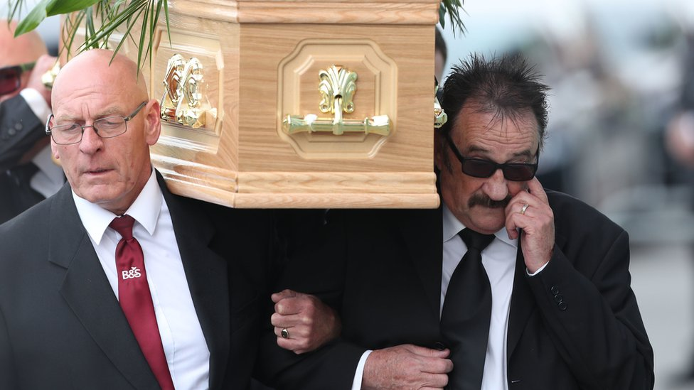 Chuckle Brothers star Barry's funeral held in Rotherham