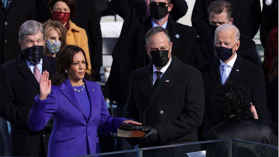 كامالا هاريس تؤدي اليمين كنائبة لرئيس الولايات المتحدة
