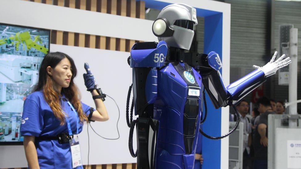 أجهزة الروبوت تتمدد إلى مجال الخدمات
