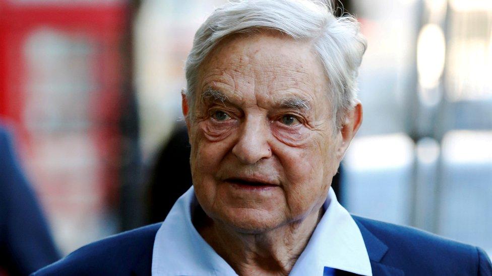Džordž Soros se godinama bori protiv Fejsbuka