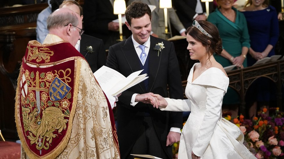 """Princess Eugenie and Jack Brooksbank during their wedding ceremony at St George""""s Chapel in Windsor Castle"""