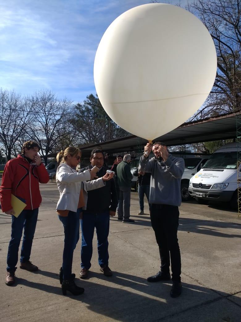 Lanzamiento de un globo sonda