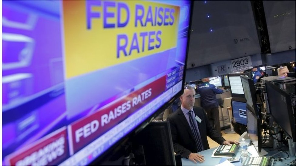 Screen with Fed announcement