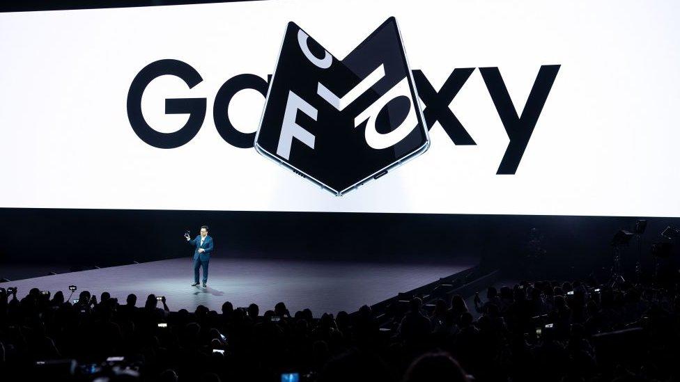 Presentación del teléfono plegable Galaxy Fold