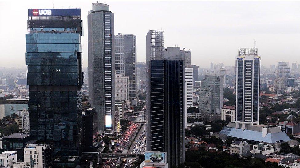 Rascacielos en el centro de Yakarta