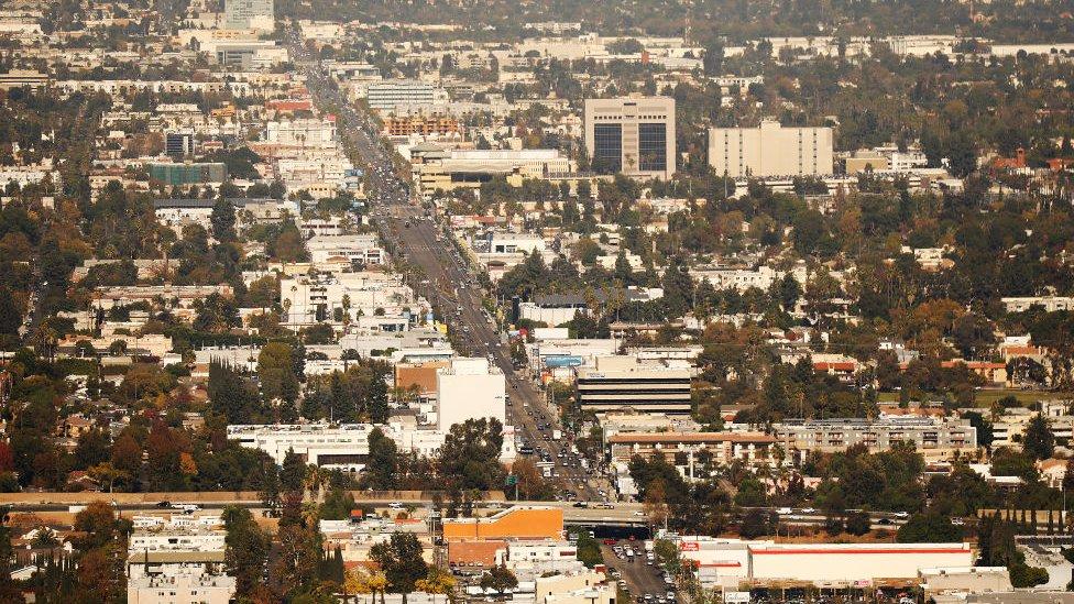 Vista aérea de parte del Valle de San Fernando.