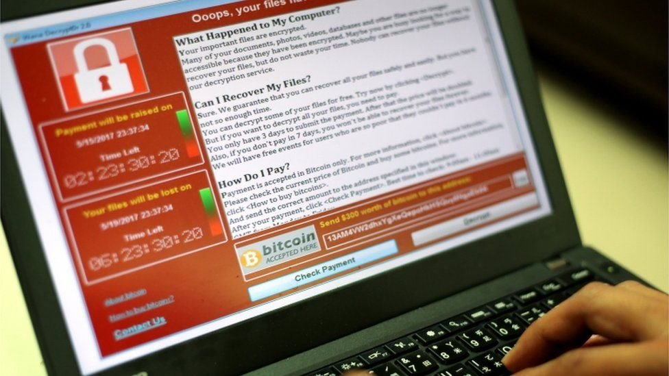 عصابات برامج الفدية الإلكترونية غالباً ما تأخذ نسخة من البيانات المخزونة في حواسيب الجهات المستهدفة