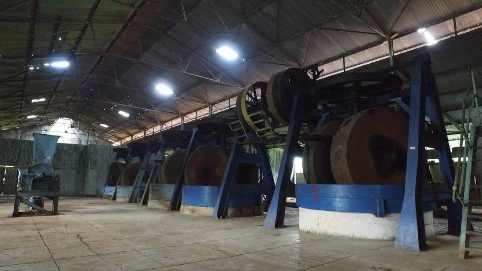 pabrik cipetir, kereta api