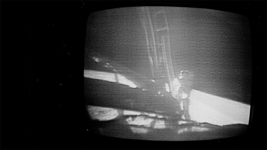 El primer humano pisando la primera vez la Luna.