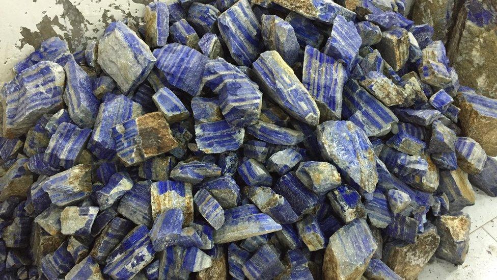 Lapis stones