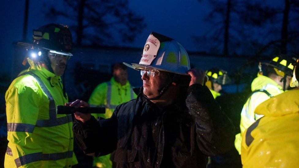 Equipos de emergencia de Luisiana