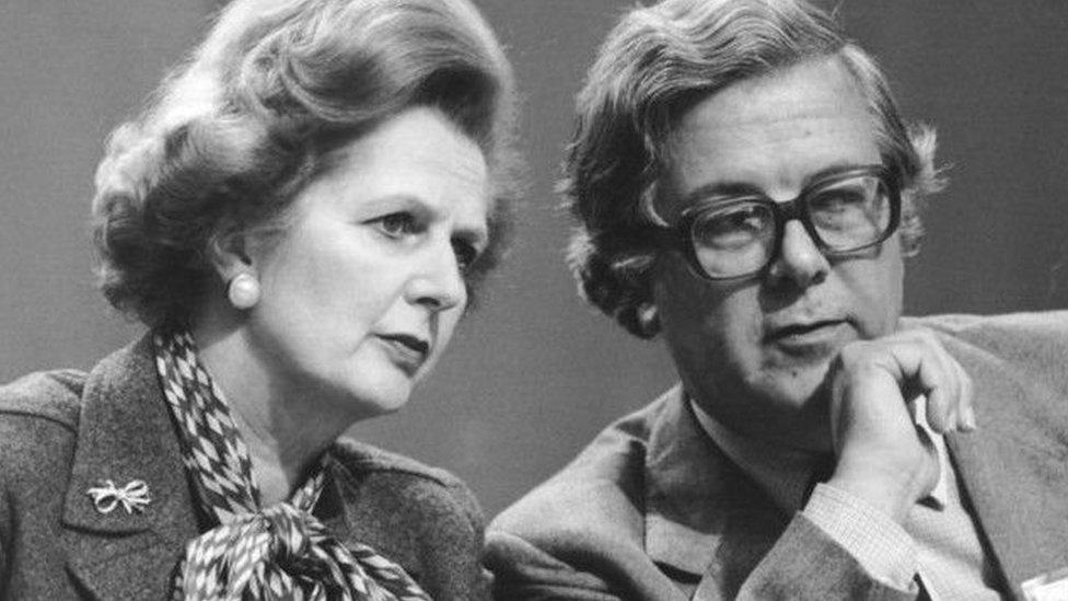 撒切爾夫人和她的外相傑弗裏豪在英歐關係上分歧嚴重