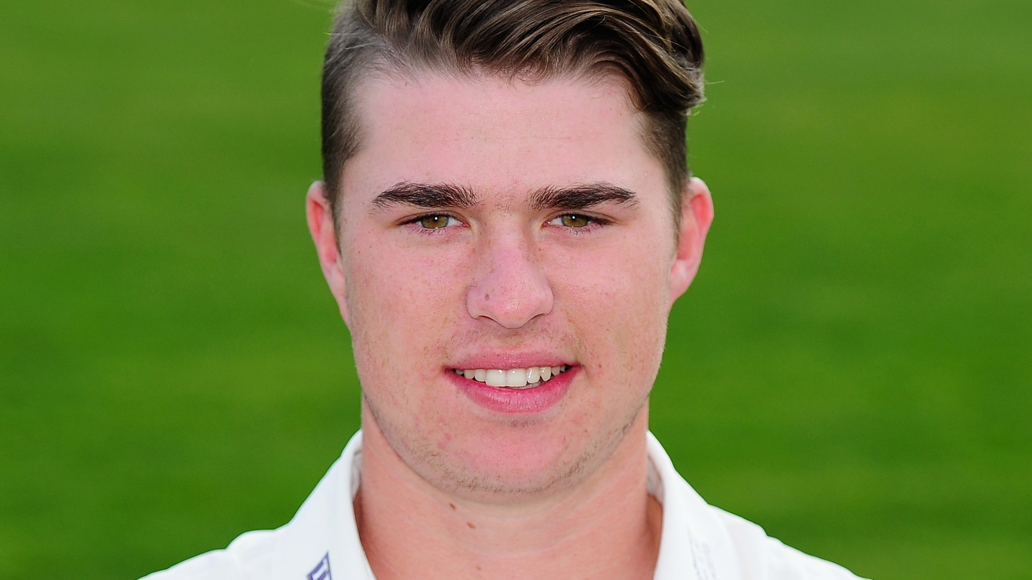 George Hankins: Gloucestershire batsman agrees contract extension