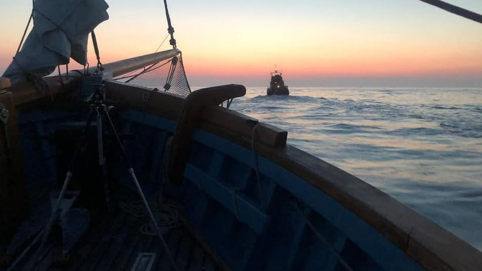 La Route de Thor: 'Viking' boat rescued on beer trip