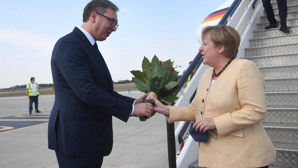 Vučić, Merkel