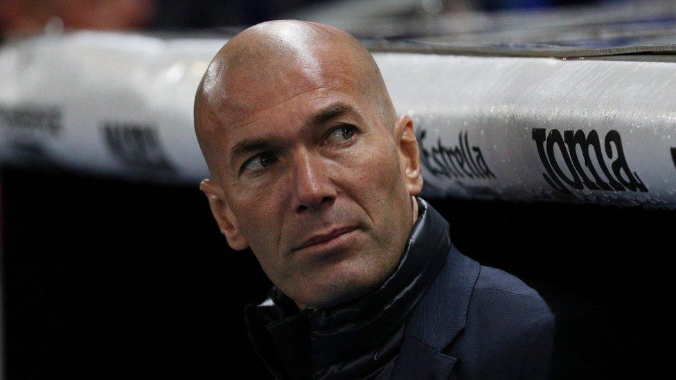El técnico madridista, Zinedine Zidane, comunicó que su equipo no haría el pasillo.