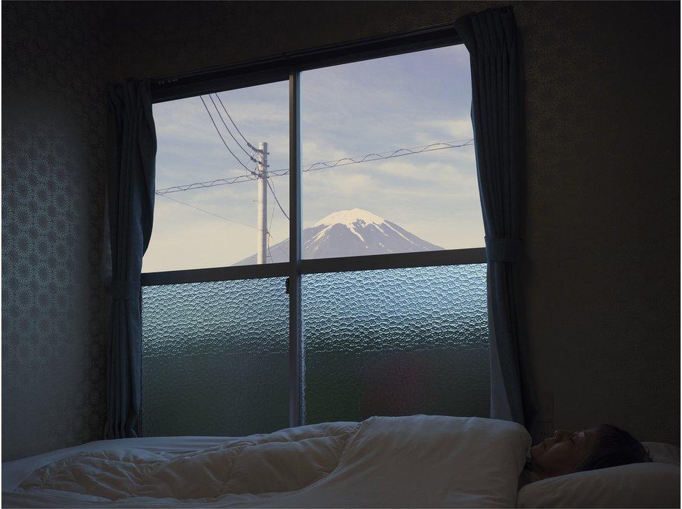 An image from photographer Pierre-Elie de Pibrac's series Hakanai Sonzai