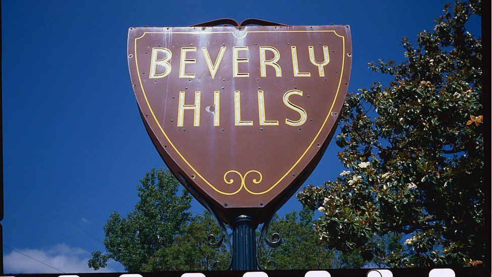 El letrero de entrada a Beverly Hills.