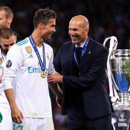 Cristiano Ronaldo y Zinedine Zidane en la final de la Liga de Campeones.