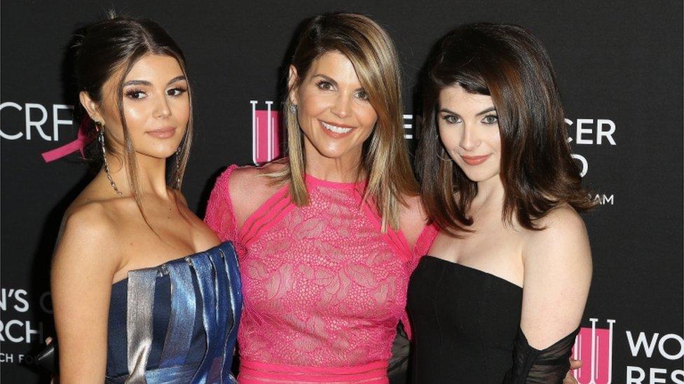 (L-R) Olivia Jade Gianulli, Lori Loughlin and Isabella Gianulli