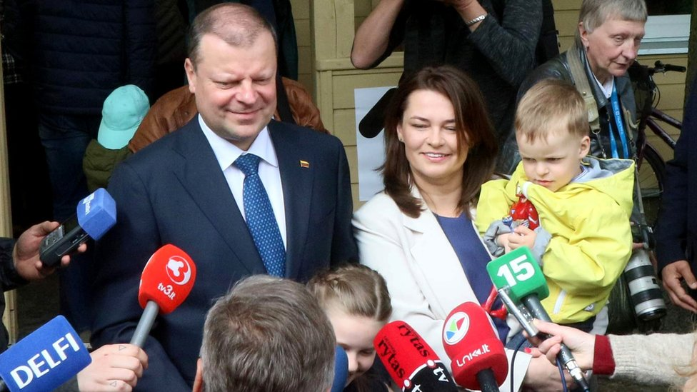 Lithuanian Prime Minister Saulius Skvernelis talks to journalists in Vilnius, 12 May 2019