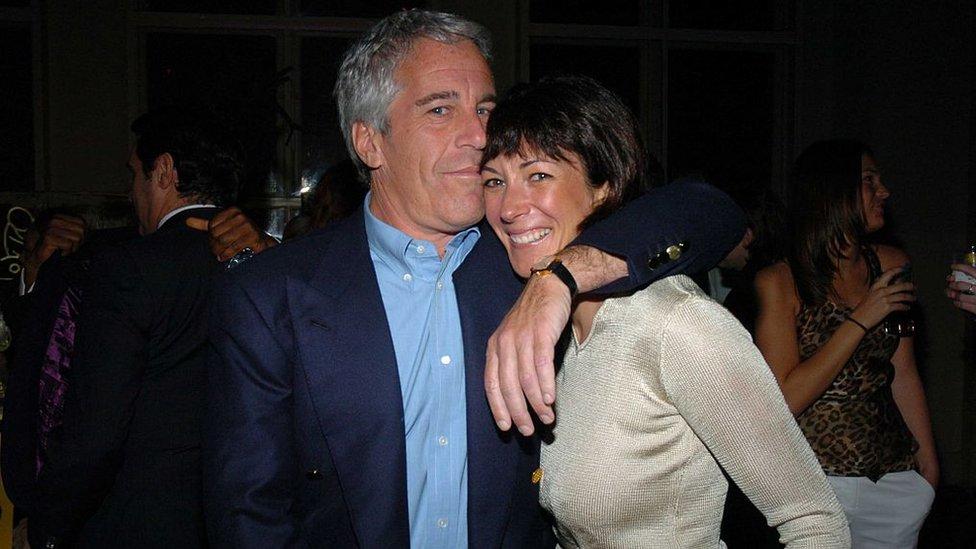 Epstein y Maxwell