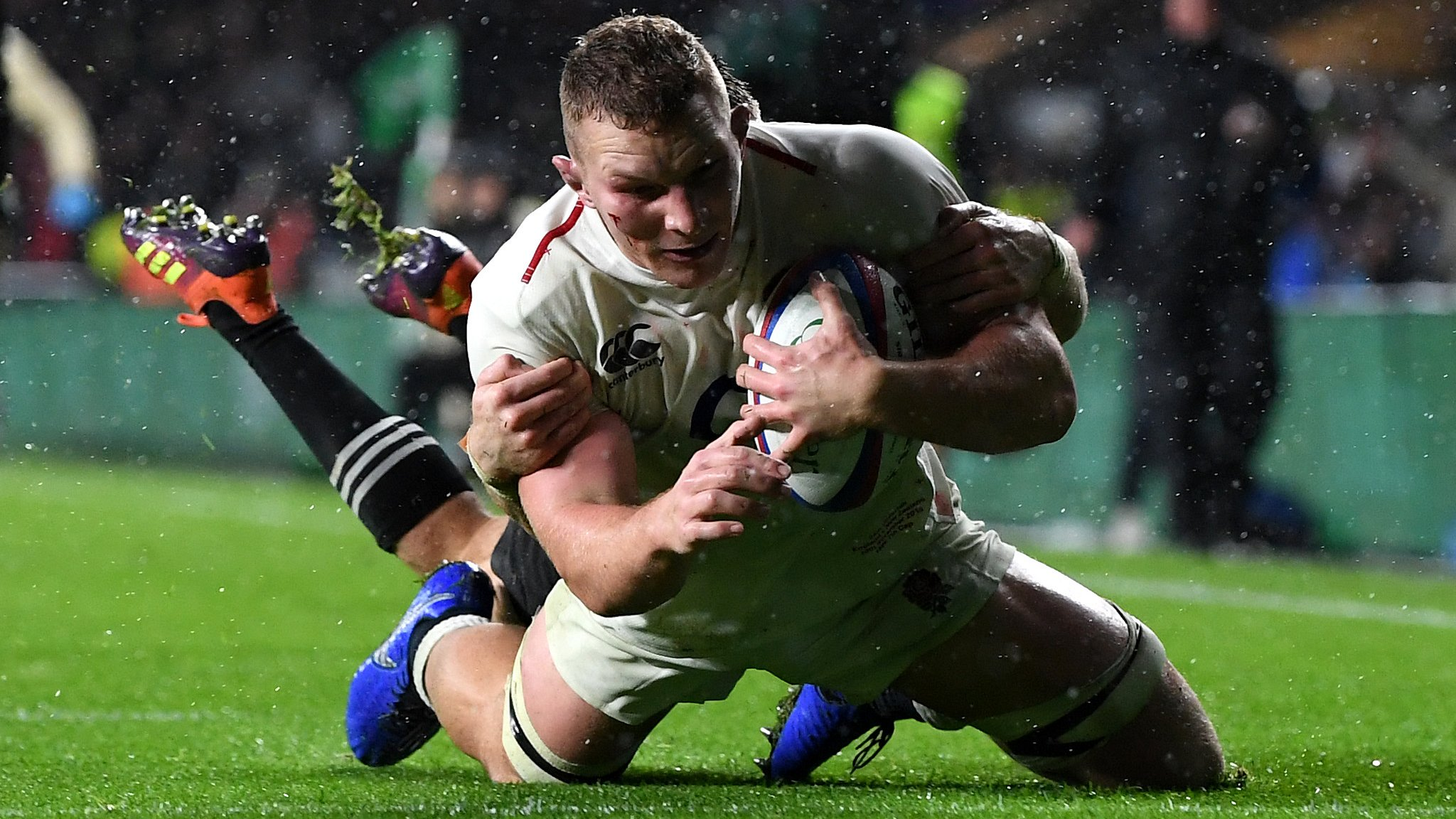 These things always balance out, says Jones after tight call denies England