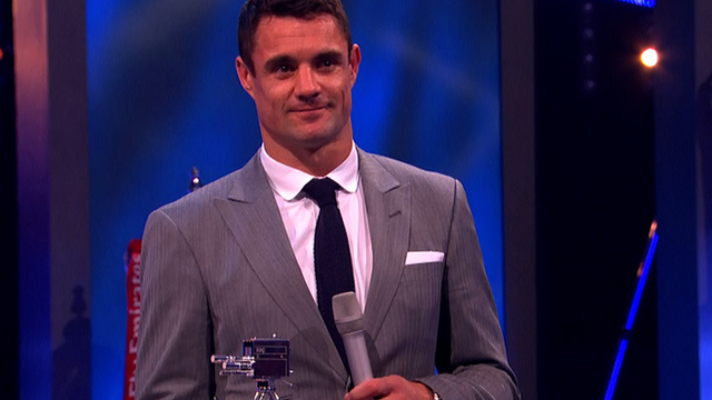 All Black Dan Carter collects Overseas Personality award