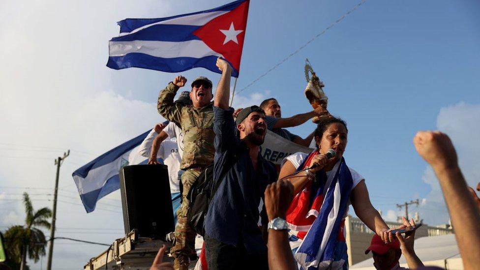 Manifestantes en Little Havana, en Miami