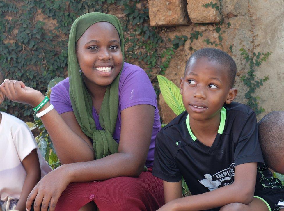 Niños en Uganda
