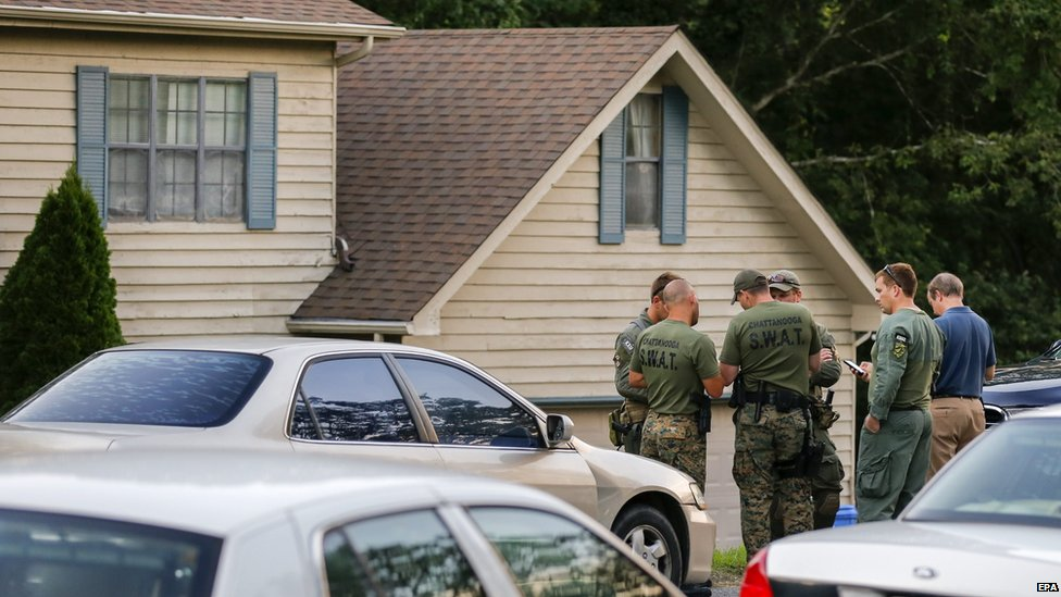Law enforcement officials outside the home of Abdulazeez in Chattanooga, Tennessee, on 16 July 2015