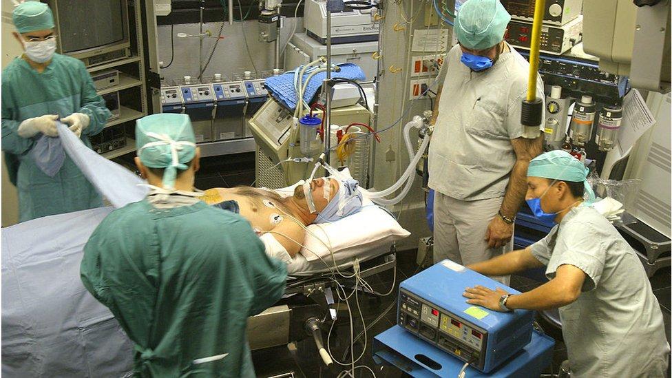 Una cirugía en un hospital de Tijuana