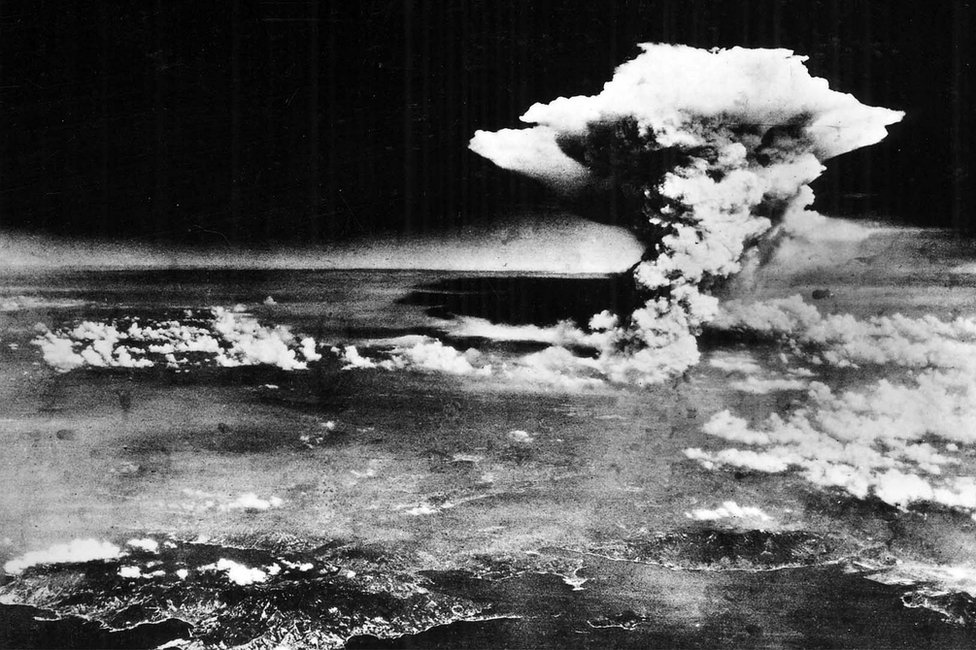 Mushroom cloud over Hiroshima on 6 Aug 1945