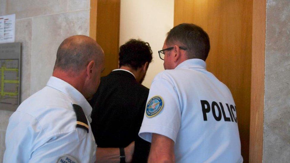 الشرطة الفرنسية مع المغني سعد لمجرد/ سبتمبر 2018