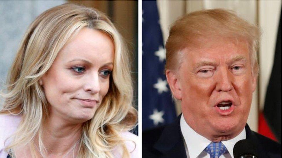 Foto de la actriz porno mantiene que tuvo relaciones con Trump en 2006.