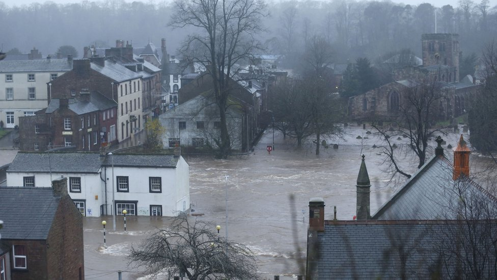 Storm Desmond: Study says flood was 'largest in 600 years'