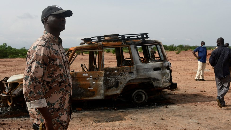 Suspected Islamists kill 'at least 56 people' in Niger attacks thumbnail