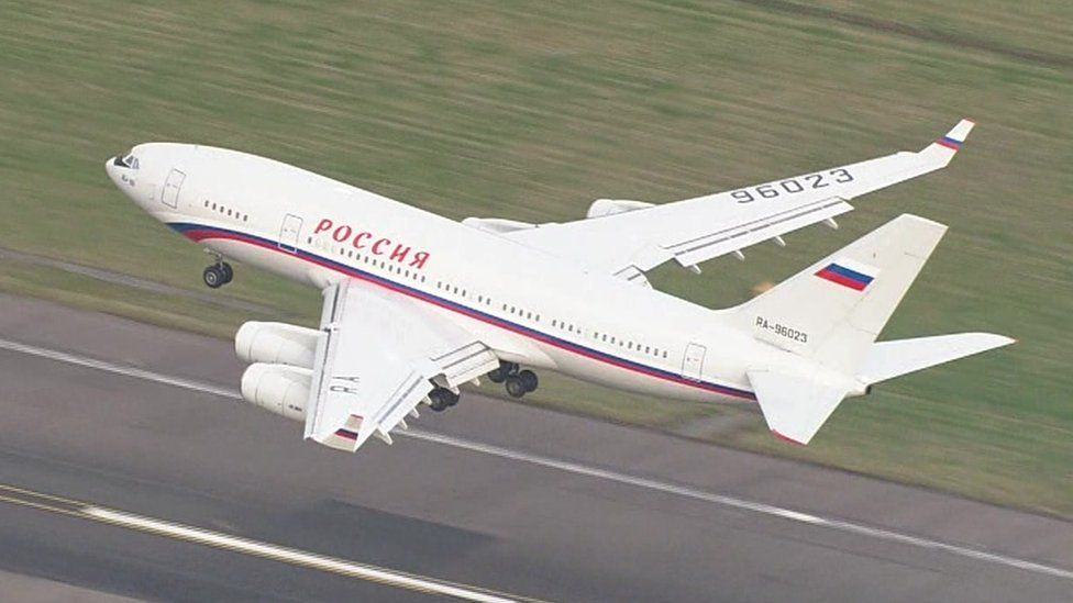 A Russian plan departs Stansted Airport