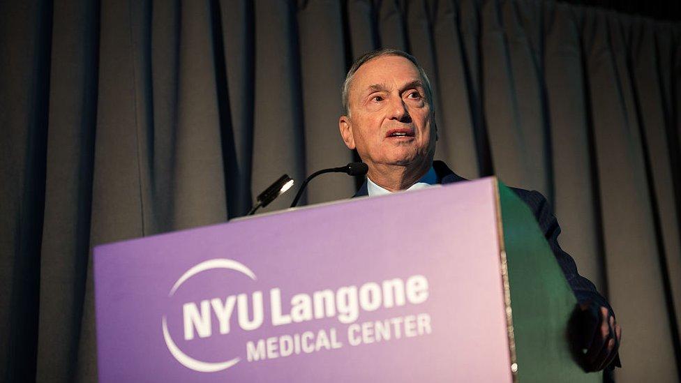 Robert I. Grossman, decano de la Escuela de Medicina de NYU.