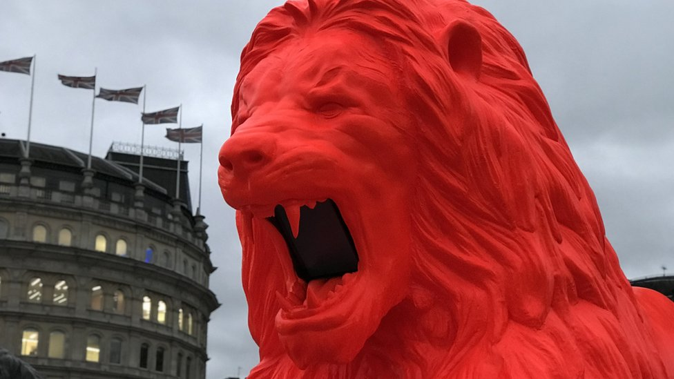 Poem-roaring lion unveiled in Trafalgar Square