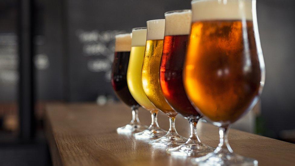 Varios tipos de cerveza.