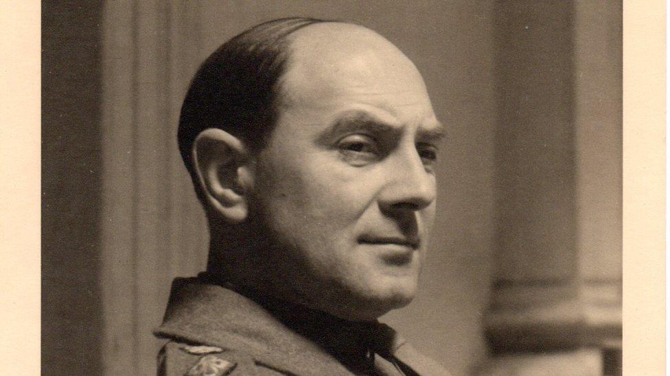 Poručnik Sidni Noks